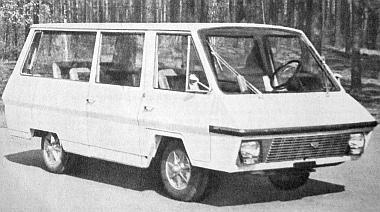 RAF-3101, az új tízszemélyes korszerű mikrobusz, amelyet a Litván SZSZK területén építkezés alatt álló elgavi autóbuszgyárban fognak előállítani (fotó: Ju. Abramocskin, APN)