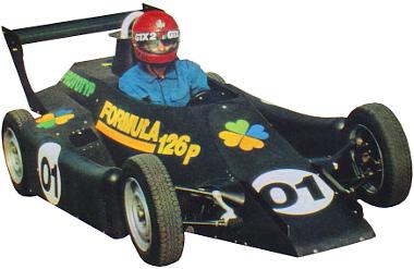 Jiri Moskal a Prototyp 01 Fiat 126p volánja mögött