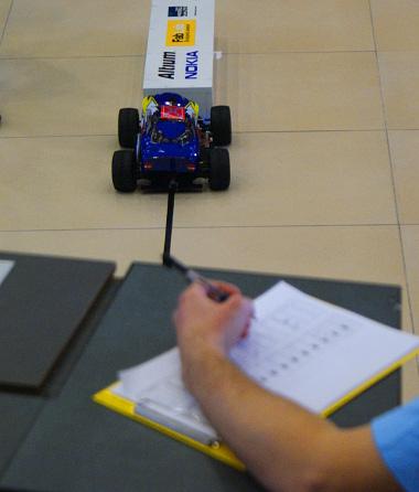 Elektronikus és analóg nyilvántartást is vezettek az akadályokról