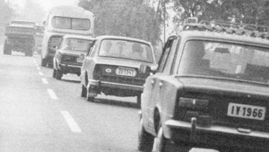 Az országúton még viszonylag gyors a közlekedés – ha lehet előzni
