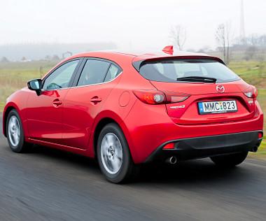 Nagyon mutatós darab a Mazda3-as, sokak szerint Alfa Romeo-stílusú a 3-as fara
