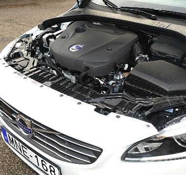 Briliáns az automata D4-es fogyasztása, bejött a Drive-E koncepció