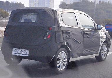 Dél-Koreában fényképezett Agila-prototípus