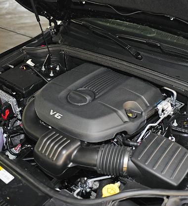 Távirányítással is indítható a Durango 3,6 literes, V6-os szívómotorja