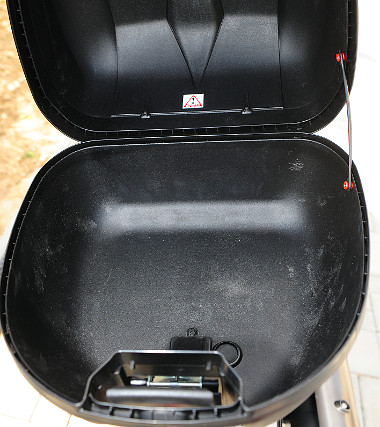 A legkisebb topcase 30 liternyi csomagot tud elnyelni