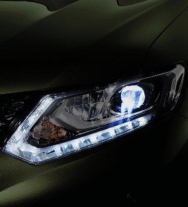 Az opciós full-LED-es fényszóró 50%-kal kevesebb energiát fogyaszt, mint a xenon