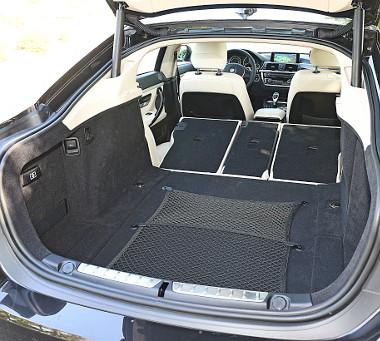 Bővítve a csomagtér csak 200 literrel kisebb a 3-as Touring kombiénál