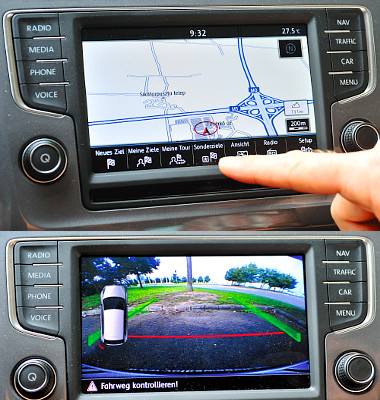 Érintésközelítő navigációs kezelőfelület és tolatókamera