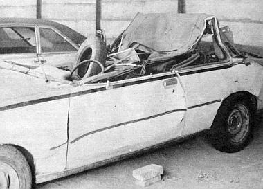 Eredetileg csukott, fémtetős autó volt ez a Commodore
