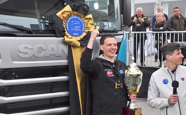 A győztes, Lars SØndergÅrd és a nyereményautó