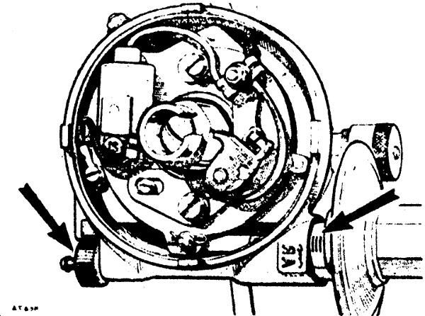 Számos motor gyújtásmegszakítója mellett találunk úgynevezett finom beállító csavart, amelynek segítségével be lehet hangolni az előgyújtást a mindenkor használt benzinhez
