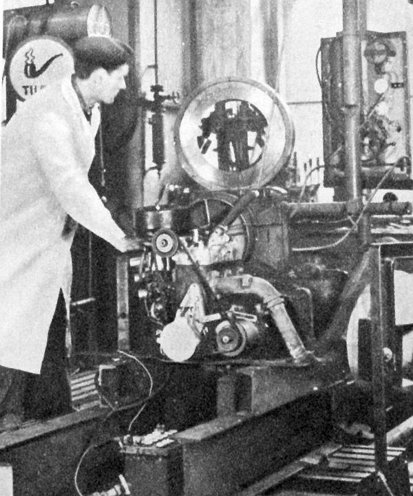 Az ATUKI fékpadján az 1000/353 típusú motor
