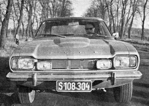 """Hát, nem """"polgári"""" autó a 3000-GT: ezt a gázpedál helyzetének árnyalati változtatásával a vezetőülésben – mintha egy szilaj mén nyergében ültem volna - érzékelhettem"""
