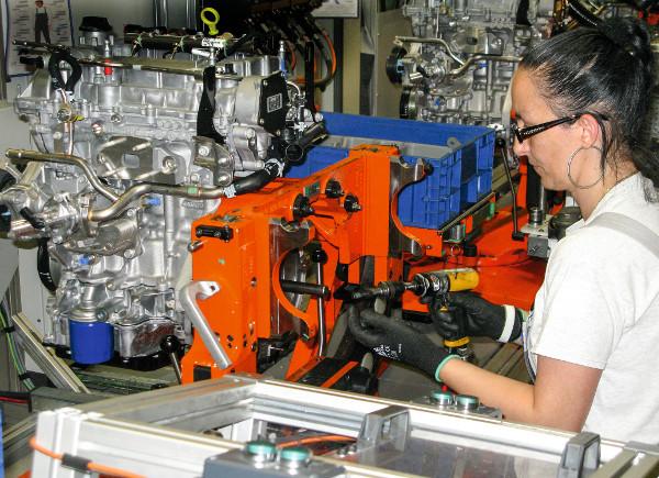 A nyolcmilliomodik szentgotthárdi motor egy új generációs, 150 lovas, alumíniumblokkos 1.4 Turbo erőforrás