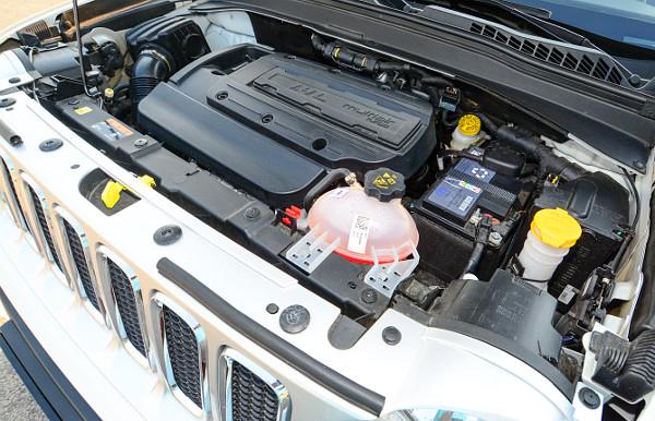 Élénk és pörgős az 1,4-es, turbós benzines