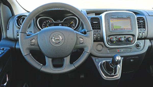 Le se tagadhatná a Renault-rokonságot a Vivaro. Fotó: Hilbert Péter