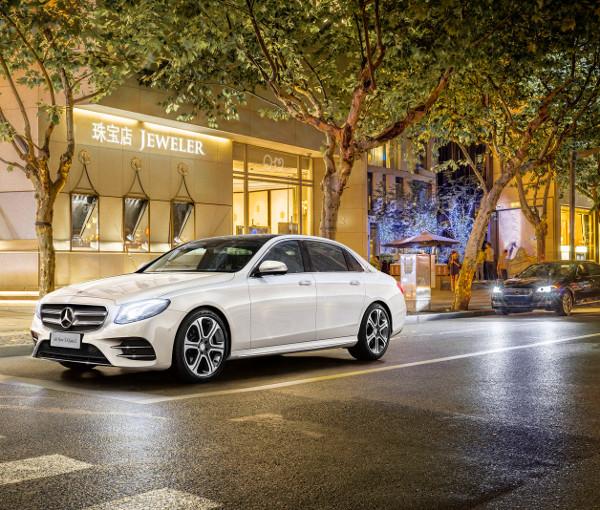 A vesék eltávolításával megoldottáka sajtófotóba csúszott BMW-problémáját a Mercedesnél