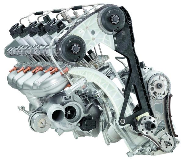 Az M GmbH munkája a 360 lóerősre izmosított, soros hathengeres turbómotor