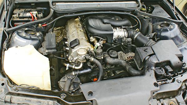 Meglepő módon egy szívó benzines, az N43-as motorkódú négyhengeres igényli a legtöbb odafigyelést, ami rendszeres termosztátcserét jelent