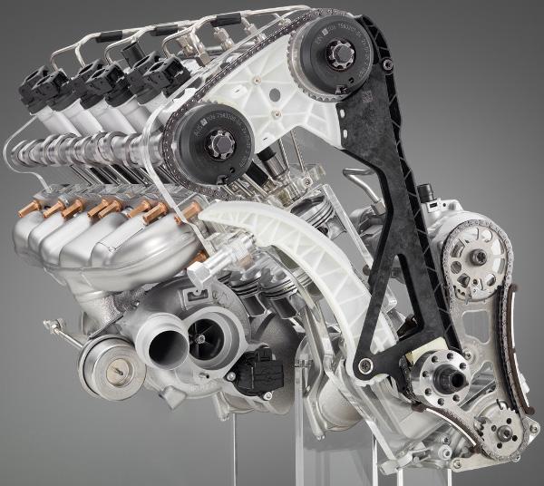 Több mint kéttucat modellbe szerelik az N55B30-as motort, de csak itt tud 370 lóerőt
