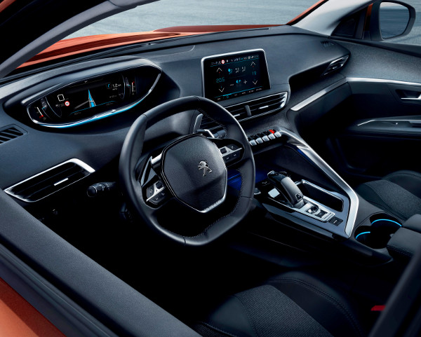 Látvány, tapintás, hang és illat - a második generációs i-Cockpit sok érzékszervre hat