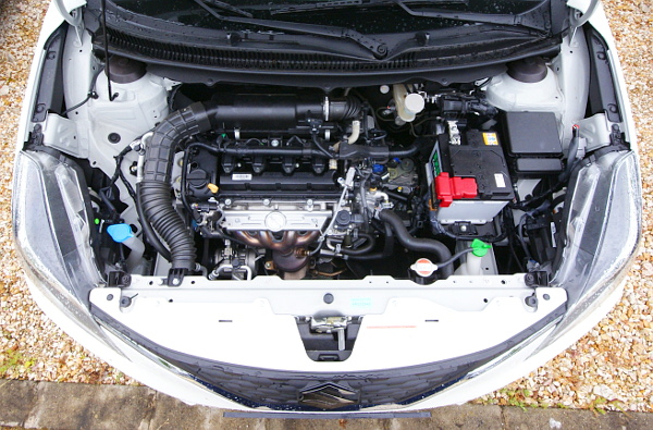 Lágy-hibid: nem hajt önállóan az indítógenerátor, de sok terhet levesz a benzinmotor válláról gyorsításoknál