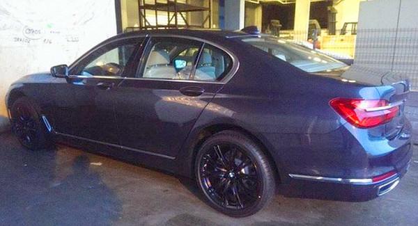 új 7 Személyes Autó: Idő Előtt: Az új BMW 7-es (G11)