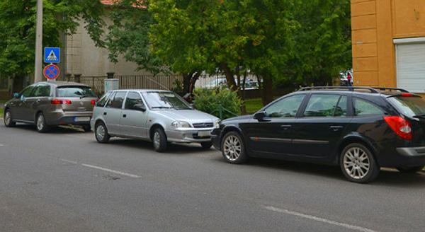 A vezetők többsége sok felejtett az évek során, de új vizsgát nem kell tenniük (Fotó: Makovics Kornél)