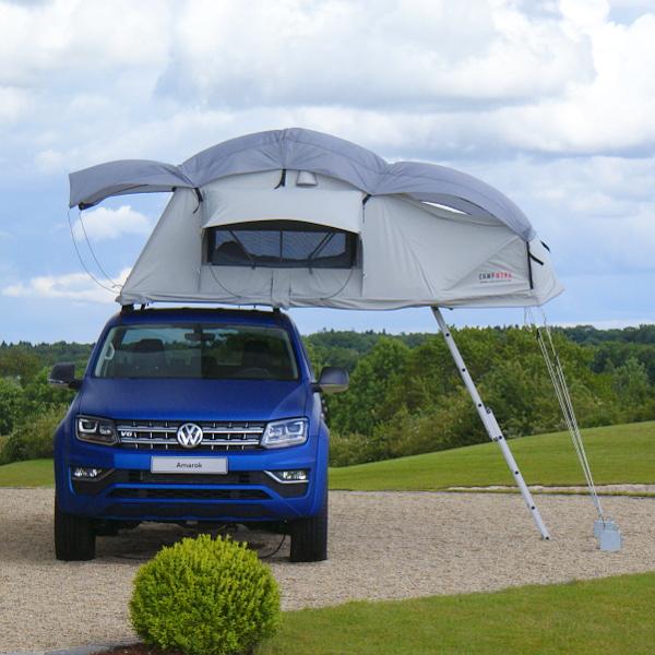 Nem gyári kiegészítő, de tetőre szerelhető sátor is létezik az Amarokhoz