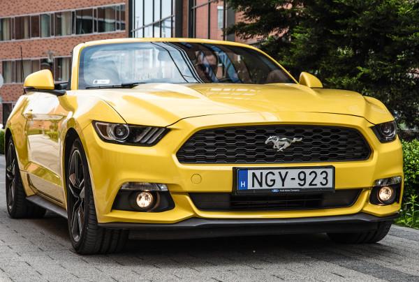 Majdnem szerelem – Ford Mustang Convertible 2.3 Ecoboost teszt – Autó-Motor a4469bfdbb