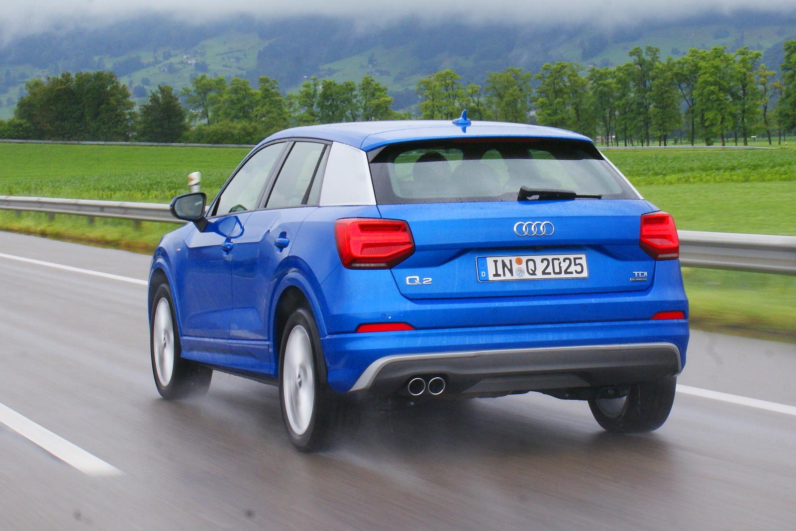 Friss a forma, de azért felismerhetően Audi