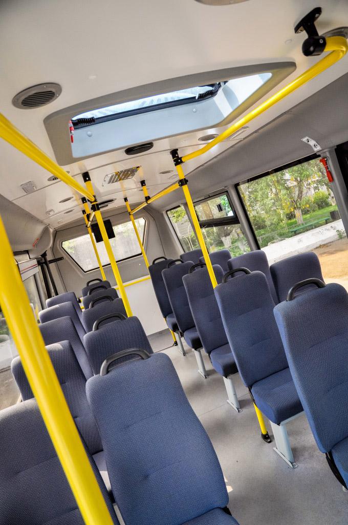 Daily minibus 05