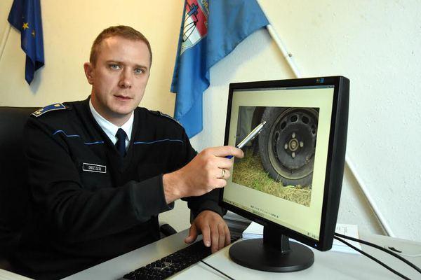 – Nem olyan gyakran hajtanak végre bizonyítási kísérletet, a Szolnoki Rendőrkapitányságon például évente kettő és öt között alakul ezek száma - mondja Orosz Zoltán százados, a Szolnoki Rendőrkapitányság Közlekedésrendészeti Osztályának megbízott vezetője