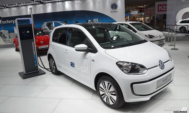 Mától percenként 65 forintért kaphat bárki Budapesten elektromos autót!