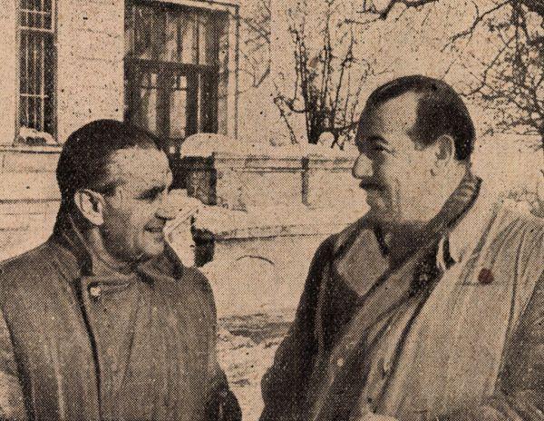 Zamencsik Tivadar és Mészáros Jenő, a két kitűnő motorversenyző, eredményes oktató-munkát végez az Autóműszaki Intézet tanfolyamain