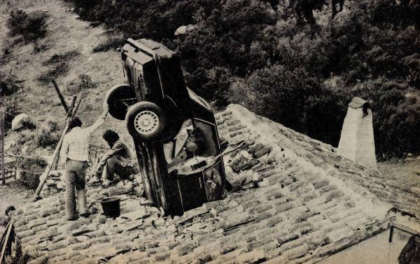 A gonosz elnyerte méltó büntetését. Az egészből mi csak azt sajnáljuk, hogy ez a szép autó is bűnrészes volt...