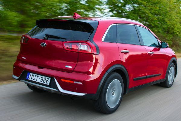 Bár szabadidő-autóról van szó, a Kia nem tervezi, hogy 4x4-es változatot dobjon piacra