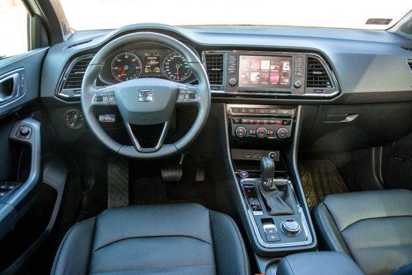 Kissé komor, de meggyőző minőségű a belső, az egyes részletek kivétel nélkül ismerősök lehetnek más VW-csoportos modellekből. Fotó: Hilbert Péter