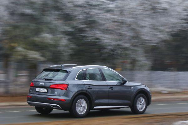 Jól mozgatja a 190 lóerős 2,0 literes TDI az autót - ez már a harmadik teljesítményszint a 150 és 163 LE után